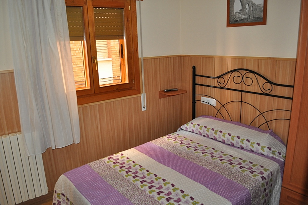 Rooms - HOSTAL ALCAZABA TERUEL